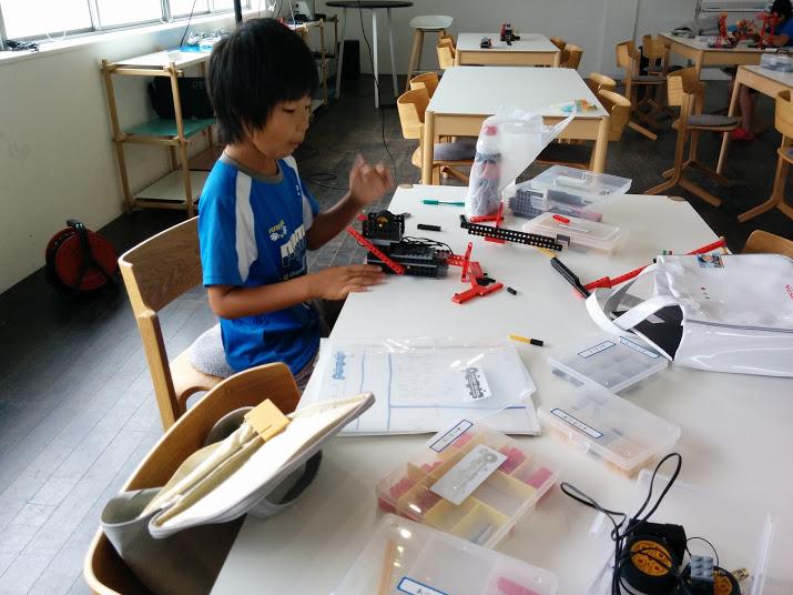 ロボット教室 ロボット製作風景1